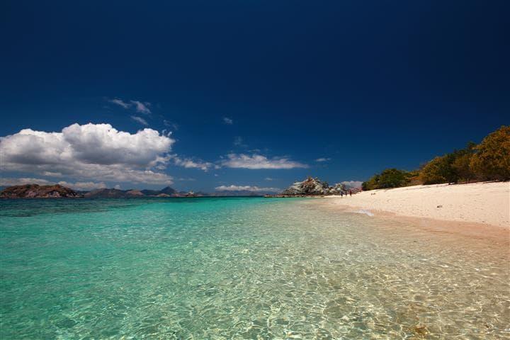 pulau bidadari flores