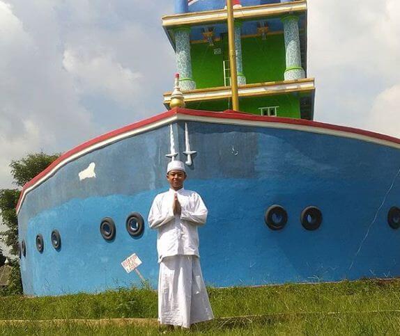 masjid kapal bosok banten