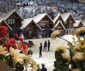 Trans Park Bekasi Snow Town