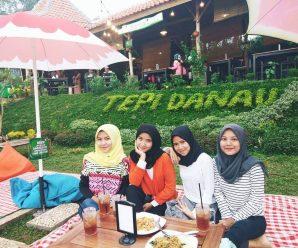 warung tepi danau Dramaga Bogor